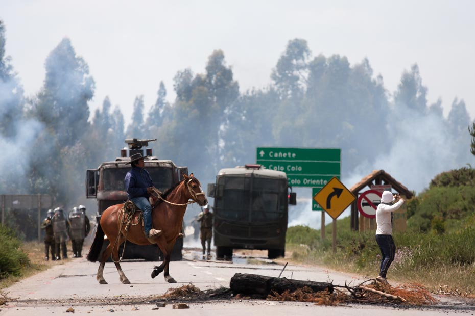 Mapuches_Temucuicui_DURAN06IZQ930