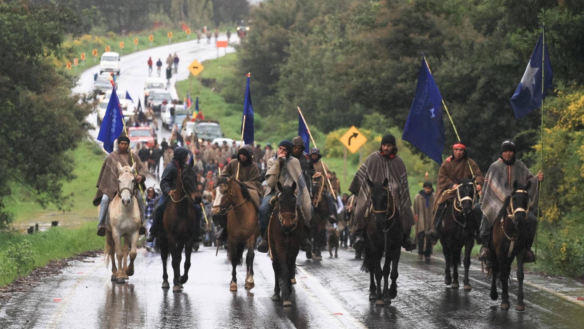 Mapuches_Temucuicui_DURAN09_CAJA