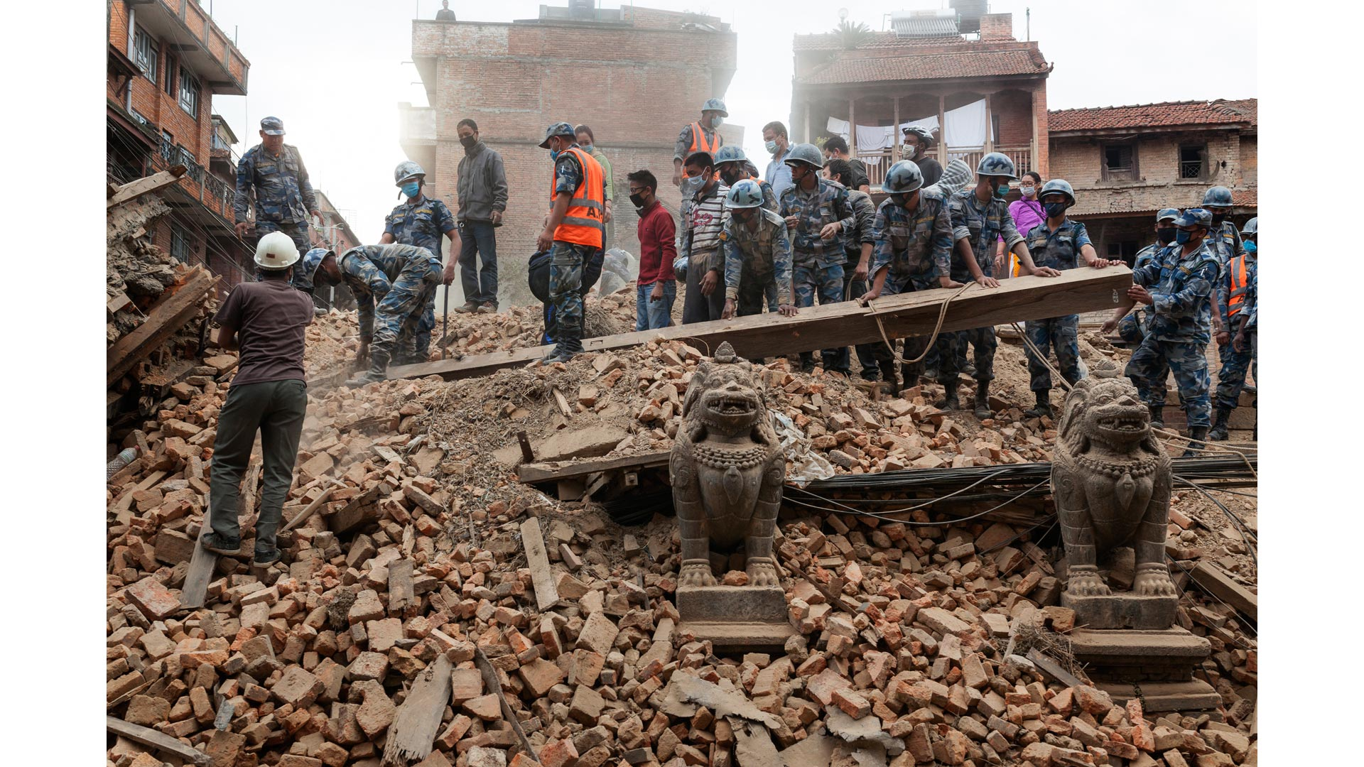 Terremoto_Nepal_6_caja
