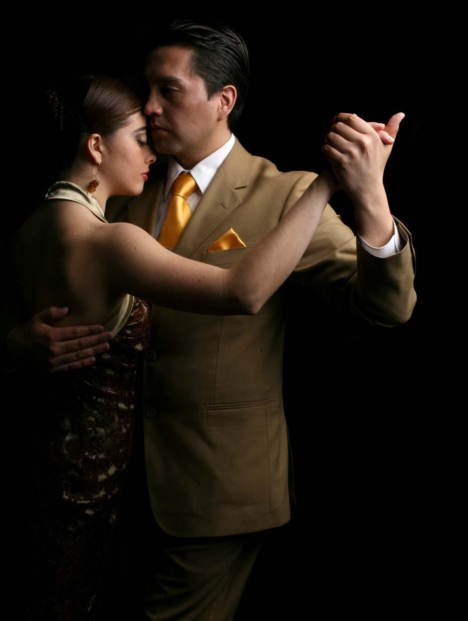 tango_alexander_1_dcha