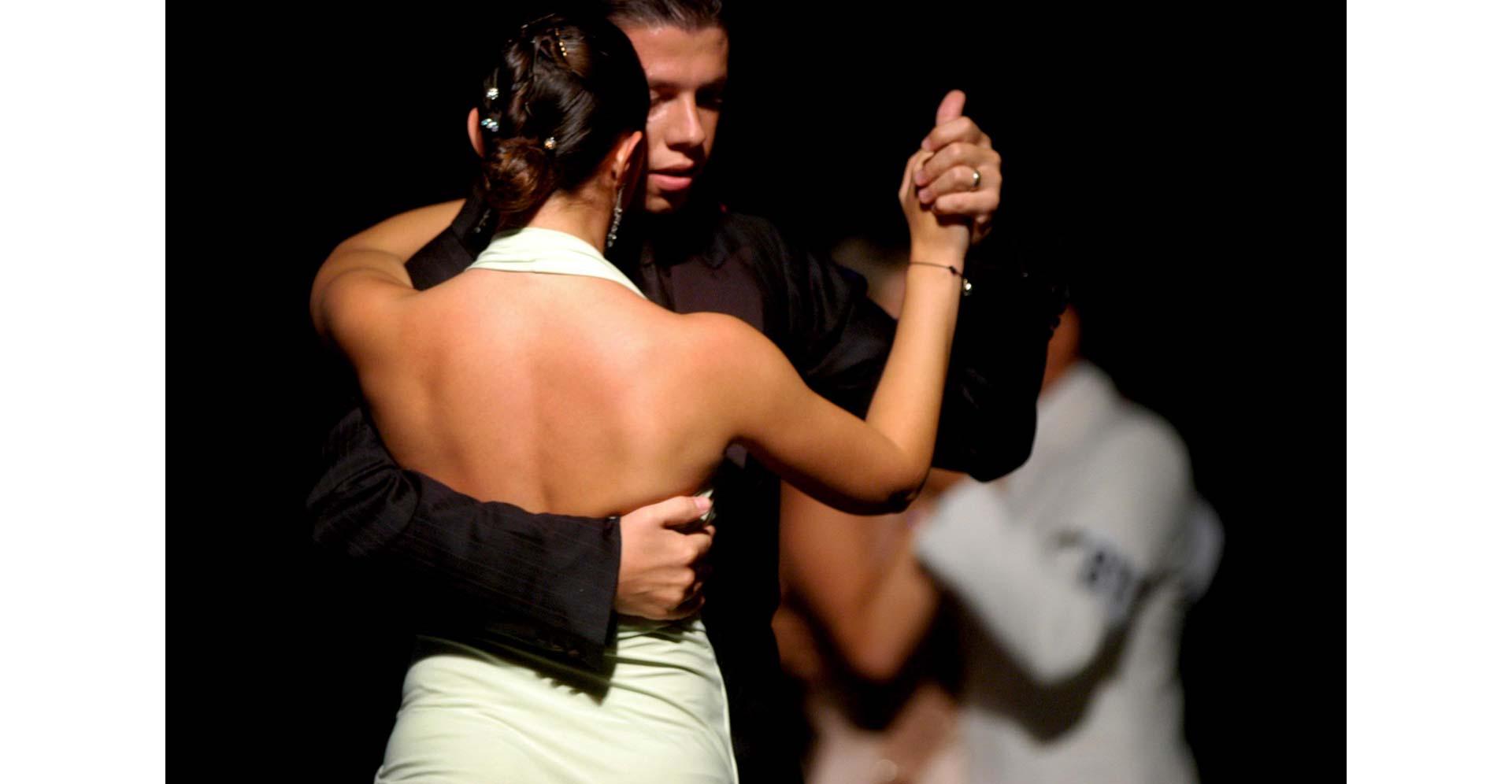 tango_alexander_3_caja