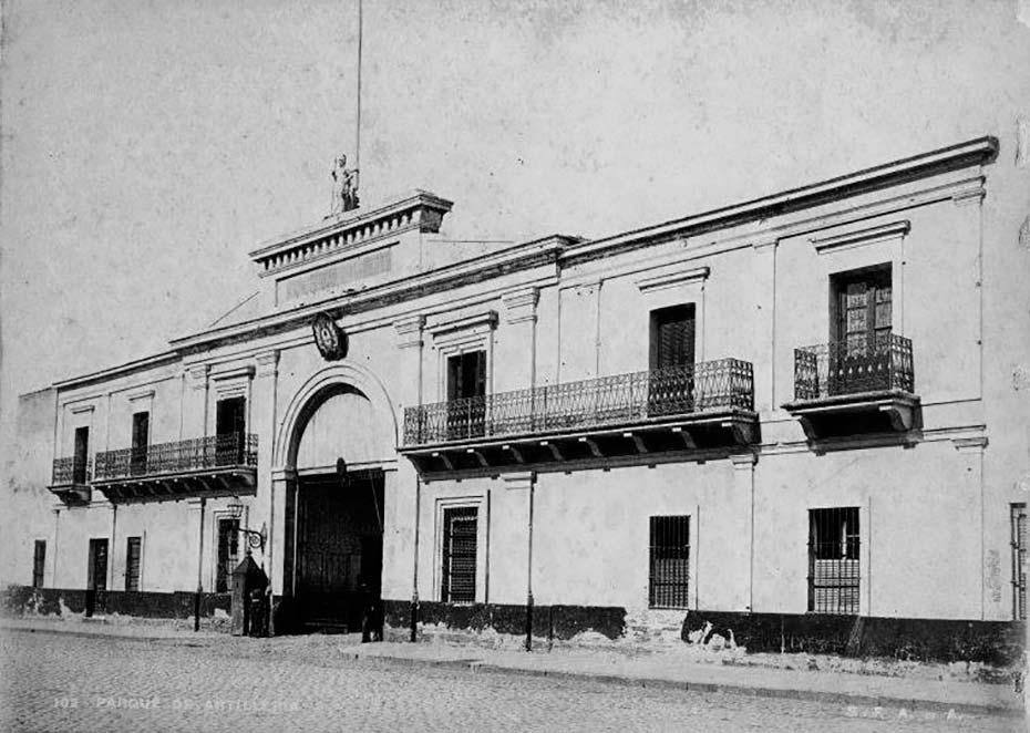 Parque de Artillería de Buenos Aires, ubicado en la calle Talcahuano, frente a la actual Plaza Lavalle. Demolido hacia 1900, hoy su lugar es ocupado por el Palacio de Tribunales.