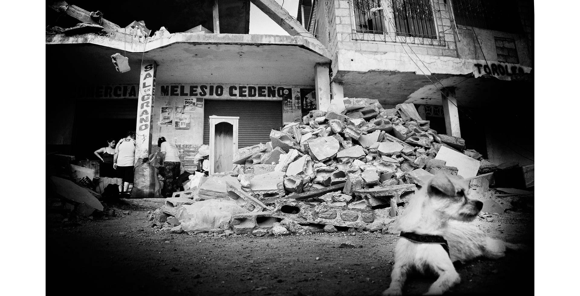 terremoto_ecuador_3_caja