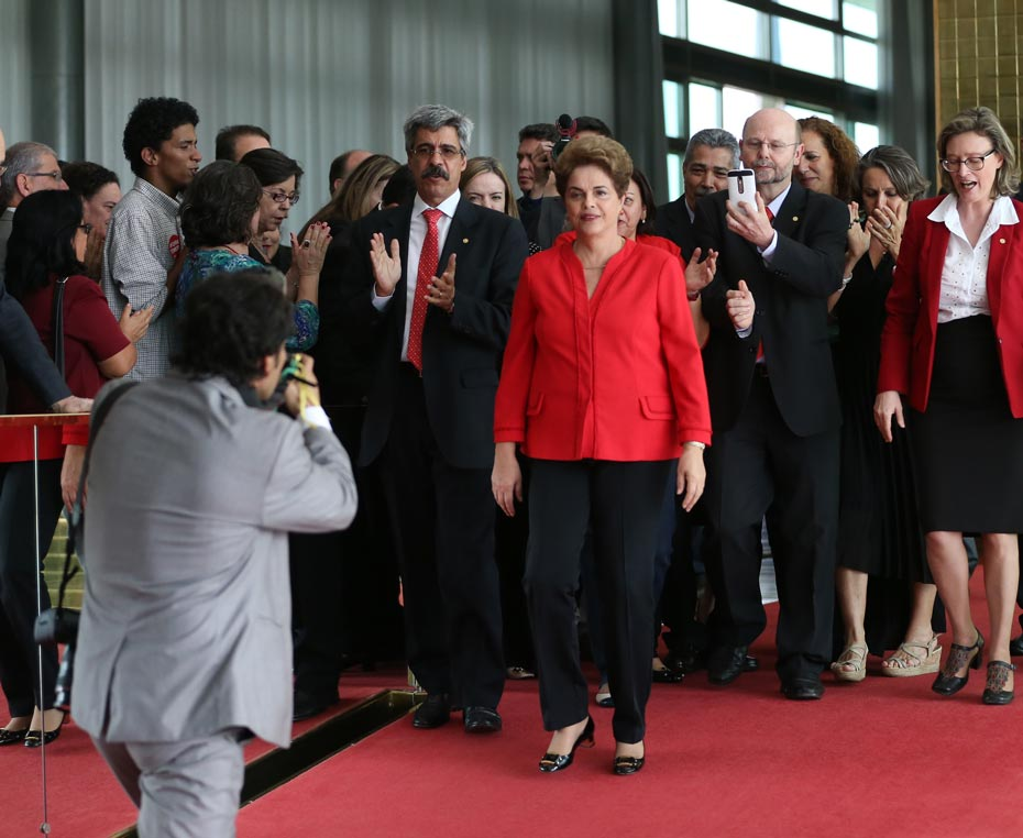 historia_politica_brasil_1_der