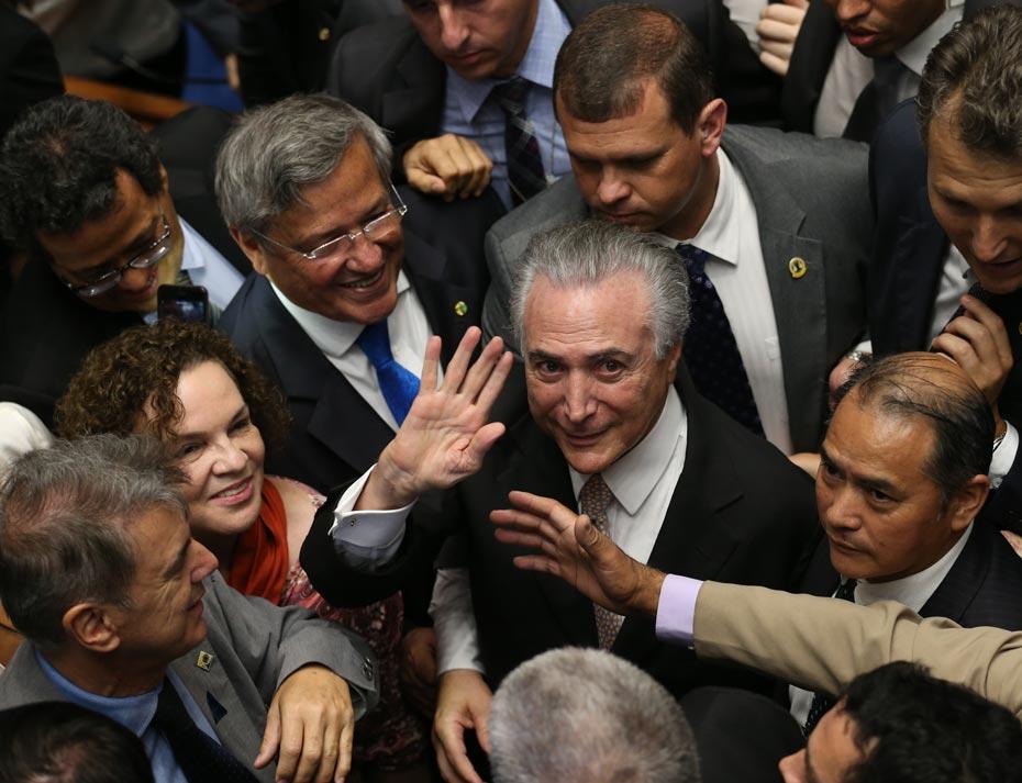 historia_politica_brasil_3_der