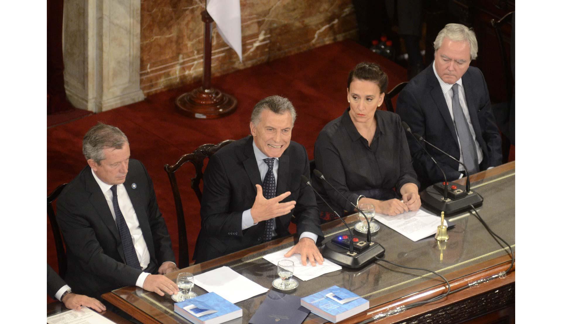 El-discurso-de-Macri_caj_04