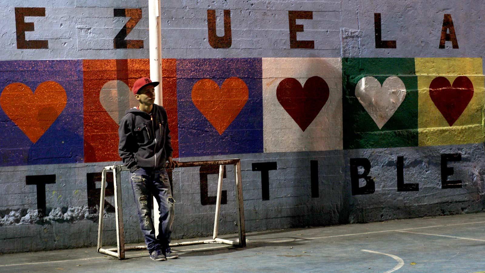 venezuela_marco_caja_02