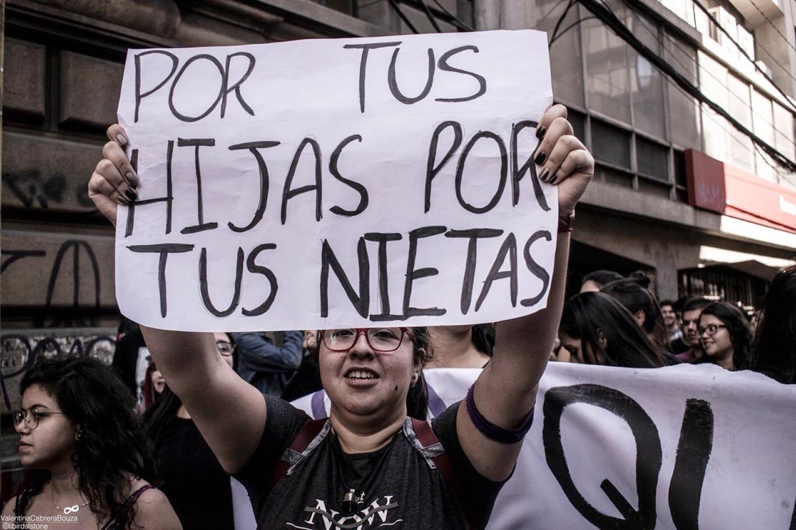 ola_feminista_chile_caja_03