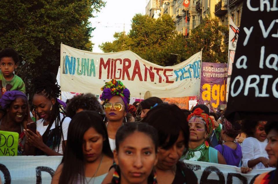 mujeres_migrantes_caja_06