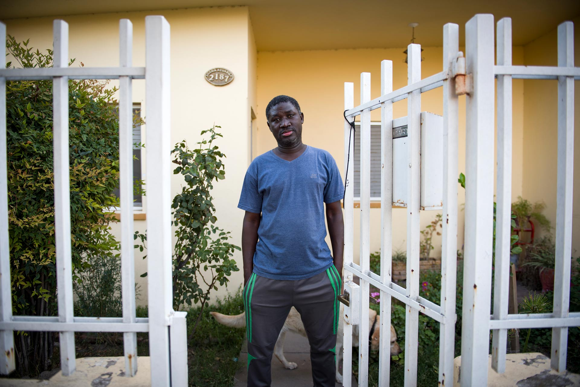 Nar de 45 años, originario de Diourbel, Dakar, la capital senegalesa. Fotografía: Pablo Presti/Cosecha Roja