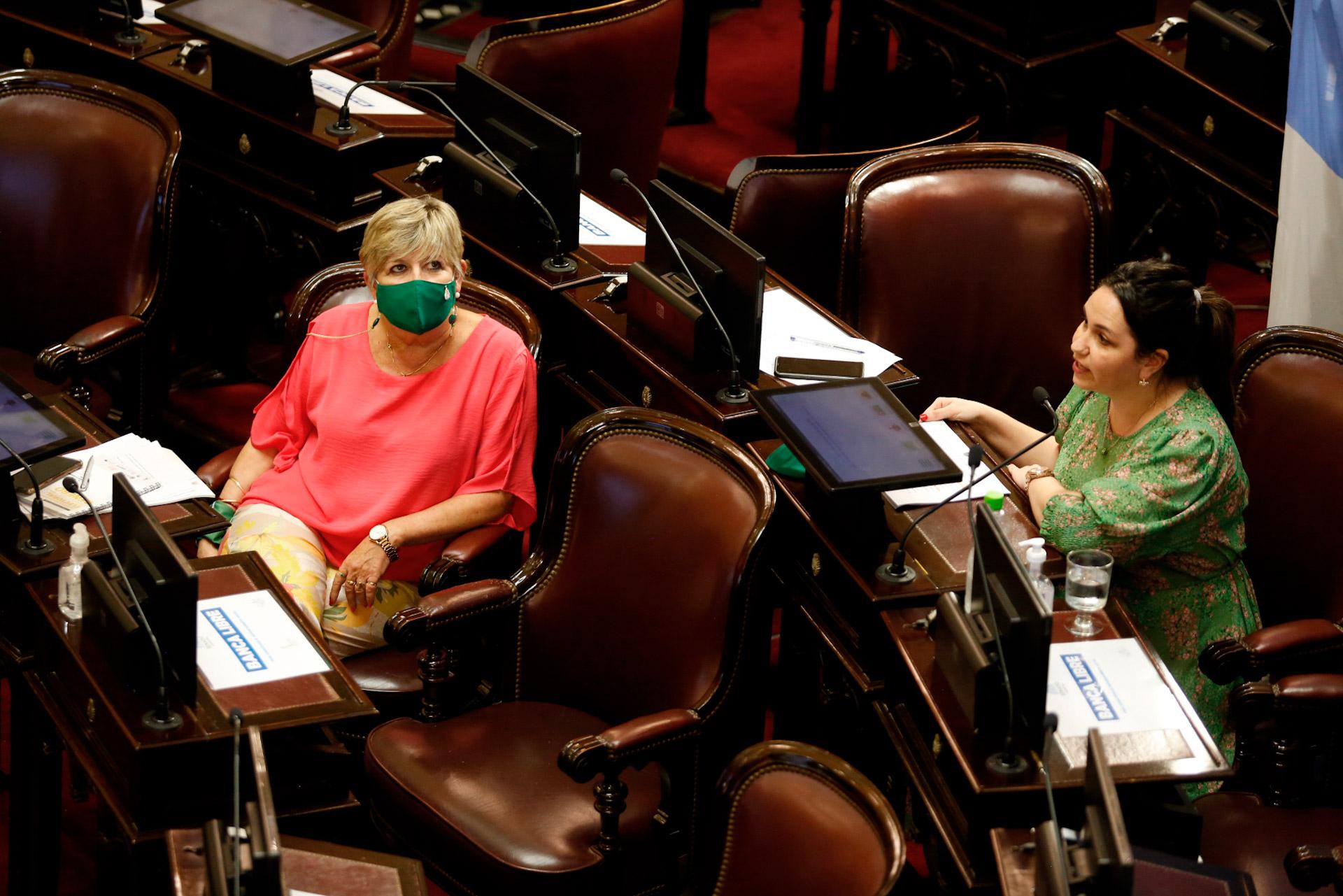 Nuestro derecho es ley-09-Victoria Gesualdi