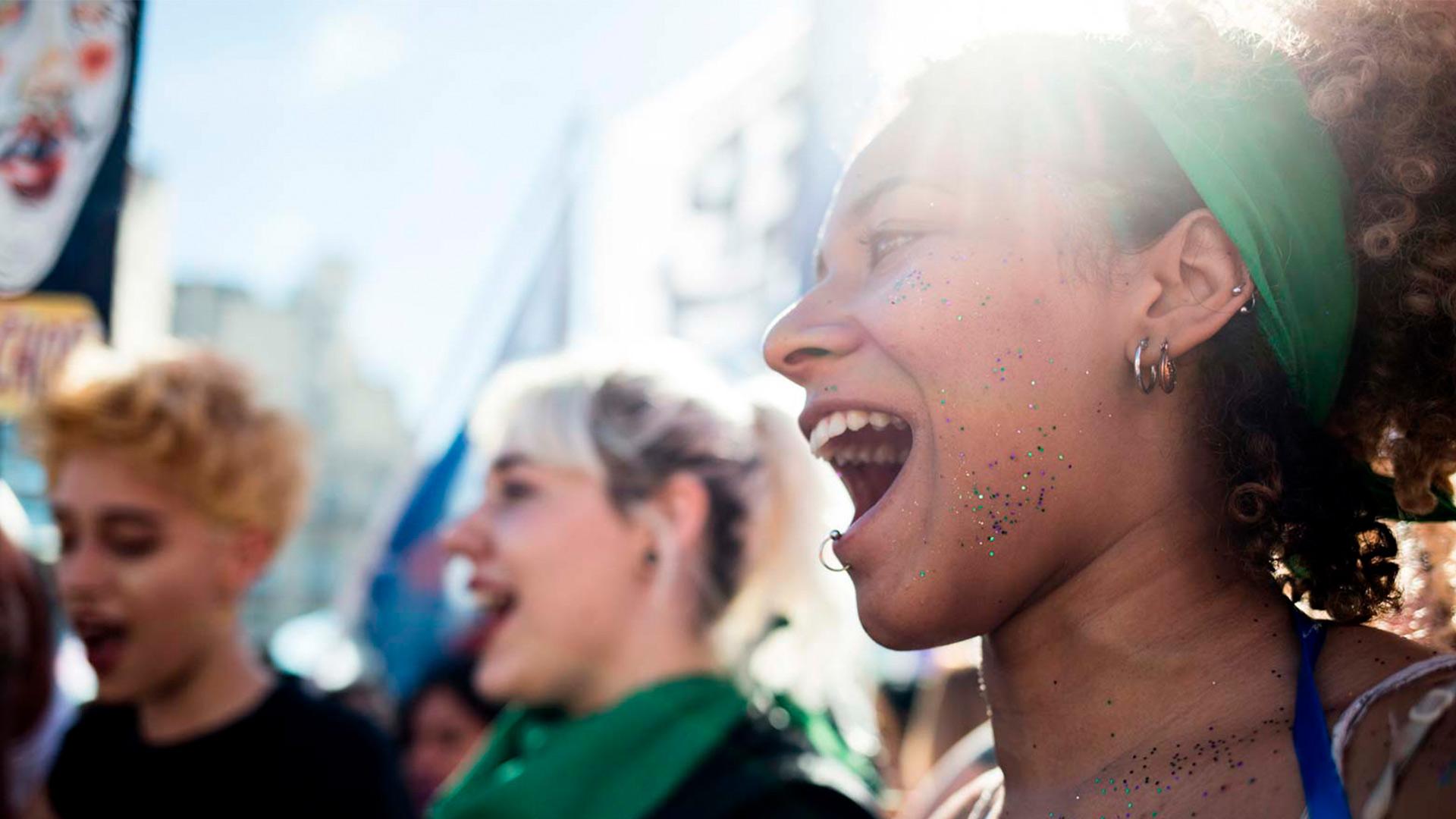 Aborto-racismo-y-xenofóbia_01Port
