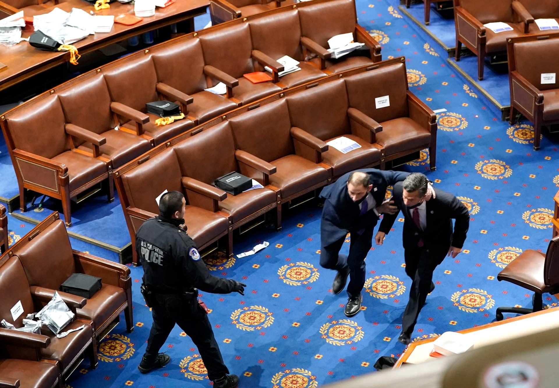 El congreso por asalto_08