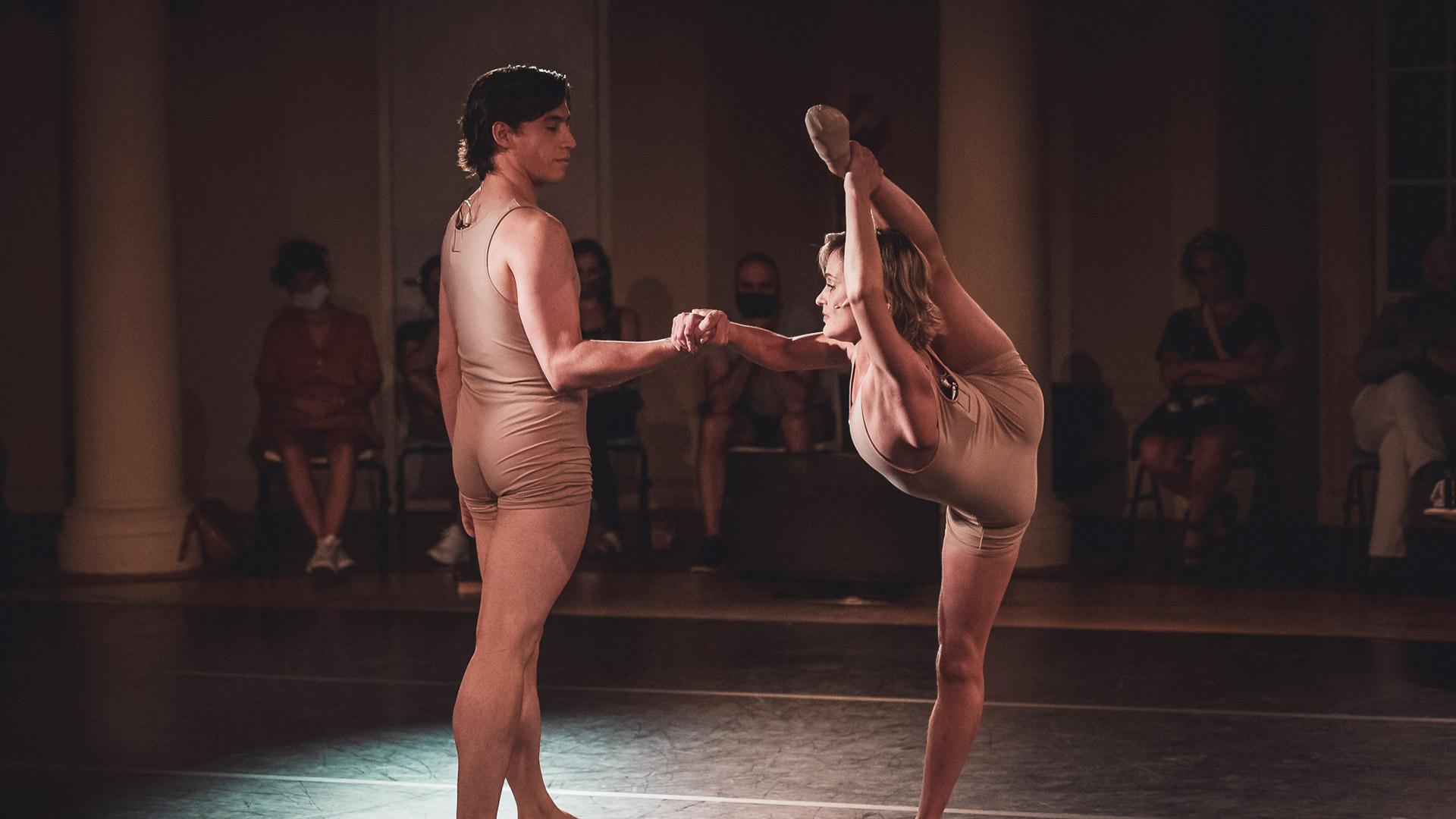 Una pista virtual para bailarines encerrados_01Port