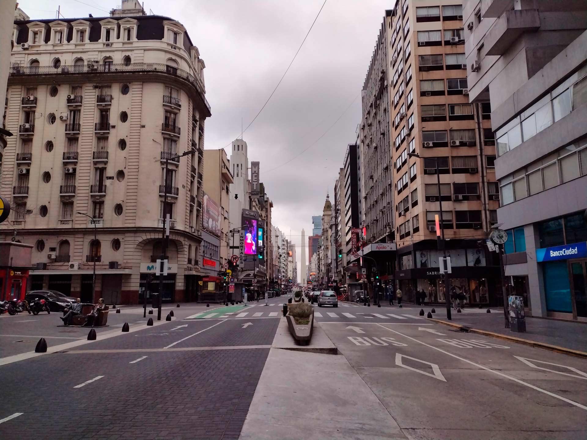 Buenos-Aires-es-un-bar-que-cerró_08
